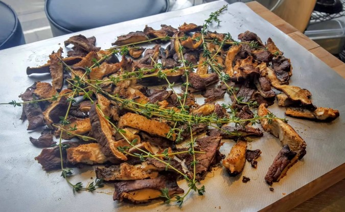The Cookina Parchminum — The Mouthful Making it Easier to Make Stuff for Your Mouth — Rosemary Garlic Marinated Flank Steak