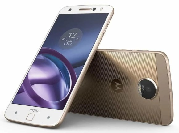 TELUS x The Lenovo Moto Z — Moto Z Front and Back Combo