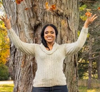 Tales from the 2.9—The Black Canadians Sharing their Stories in a Digital Age—Vol. 2 #18, Sherika Powell, Speaker, Author, Podcaster, Rogers TV Host, Women on the Rise—Sherika Powell in Nature