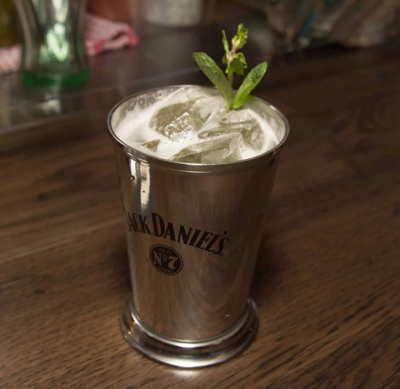 Get Fingers Worth Licking at Union Chicken!—Ginger Julep