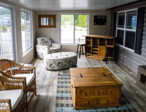 Make Vacay Matter More with Stays at Sherkston Shores! — Luxury Lakefront Rental Cottage Sun Room