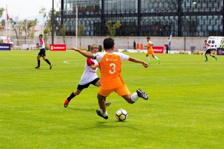 What it Means to be a Champion — My Experience at the 2017 Scotiabank CONCACAF Champions League Under 13 Fútbol Tournament — Fuerza Naranja Ready for a Kick