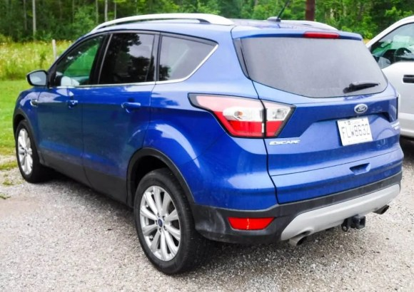 It's a Ford. #FordSummer. (Checking out the Ford Canada SUV Line in Muskoka!)—The Ford Escape
