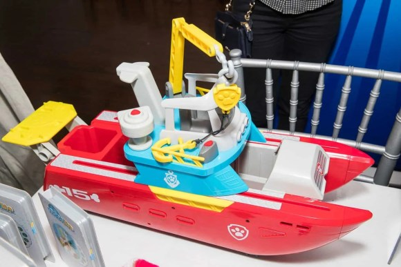 The Casey Palmer, Canadian Dad Christmas Gift Guide for... Kids!—Spin Master—PAW Patrol Sea Patroller