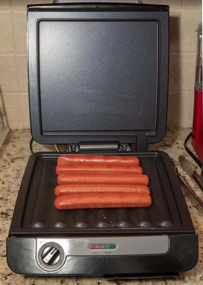 Grilling Rain or Shine — The Hamilton Beach 4-in-1 MultiGrill! — Cooking Hot Dogs