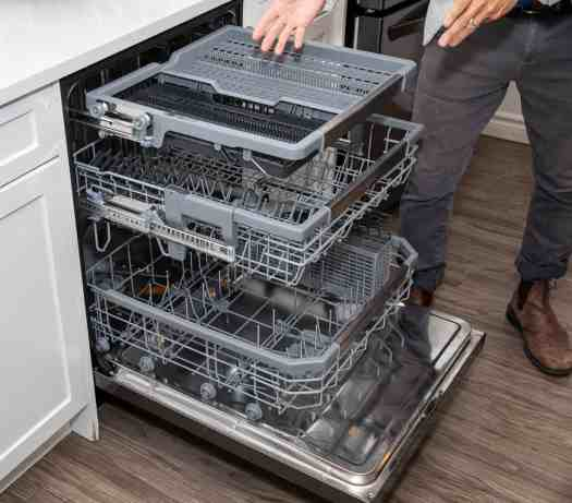 Making Kitchen Chores a BREEZE with the Power of LG!—The LG QuadWash Steam Dishwasher Racks