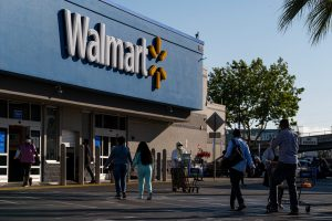 106908933 1625848381201 gettyimages 1232948230 WALMART EARNS 1 scaled