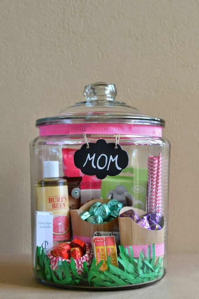 Mother's Day DIY- Personalized Jar
