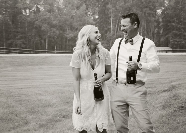 Why I Almost Said No to Being My Sister's Wedding Photographer - Cashmere & Cocktails