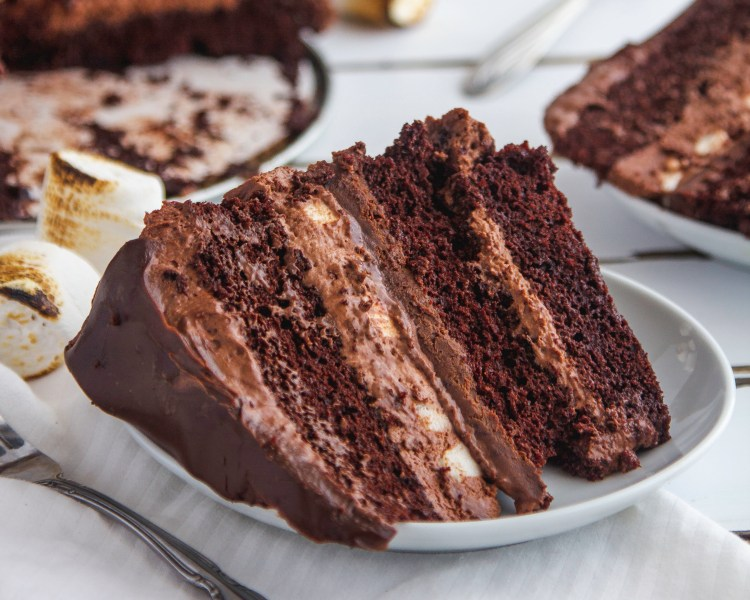 Toasted Marshmallow & Chocolate Cake Recipe - Cashmere & Cocktails