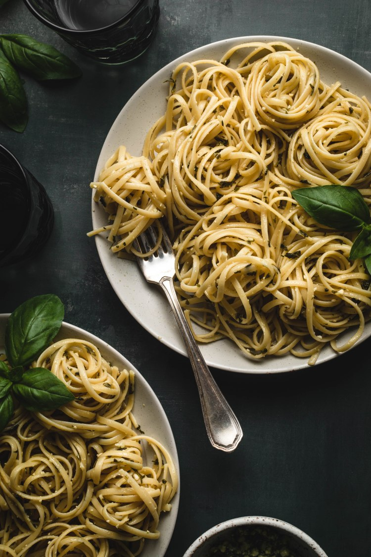 Cashew Pesto Pasta Recipe - Cashmere & Cocktails