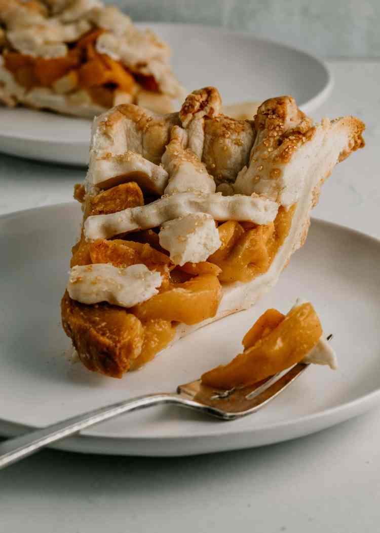 Classic Peach Pie by Cashmere & Cocktails