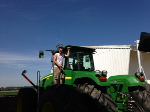 Here, Yvertin Jaquet washes the 9330 tractor to celebrate the completion of replanting.  He also washed the white F-150 pickup.  Thanks, Yvertin!
