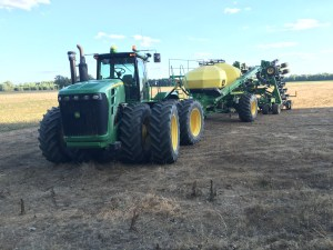 With the final field of #plant16 done, here is the JD9330 tractor with the 1910 air cart and 1890 NT drill folded and ready for the return home.