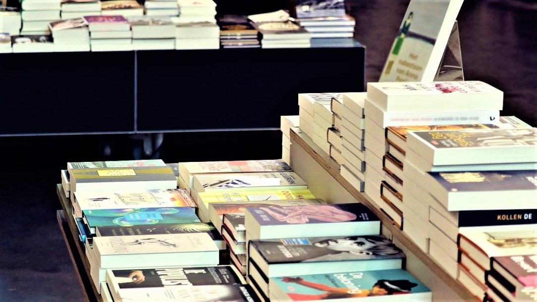 Evolución, el ingrediente de la literatura latinoamericana_ Casi literal