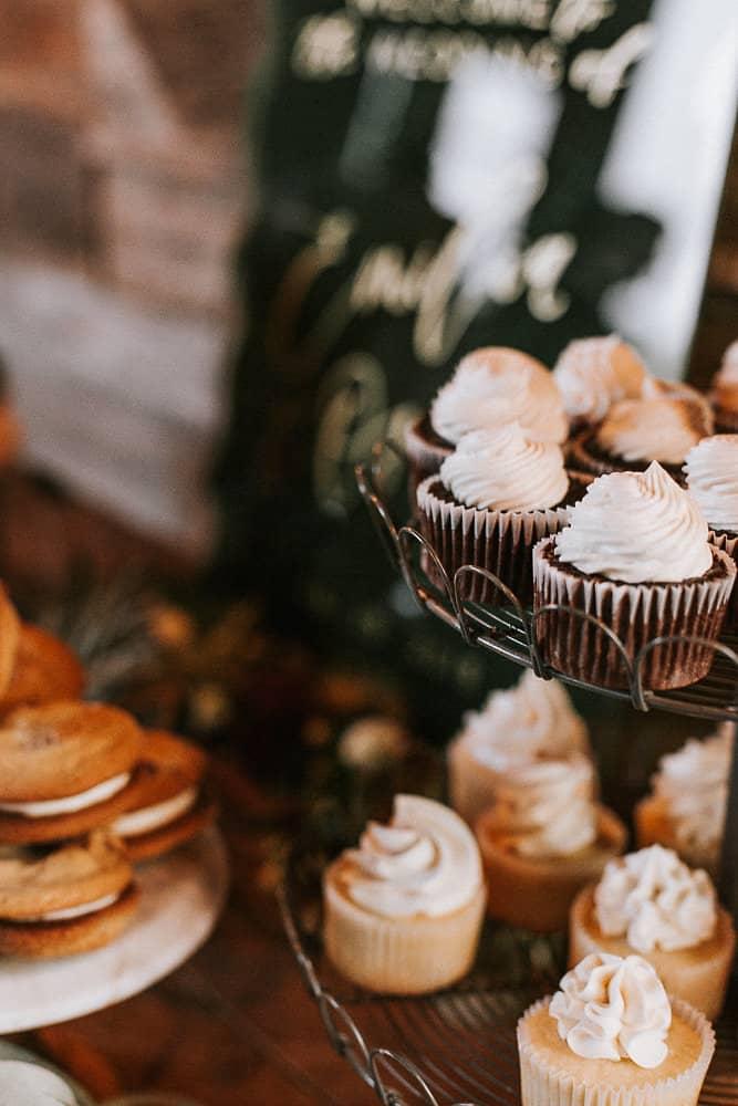 wedding desserts at abbey road farms in Oregon