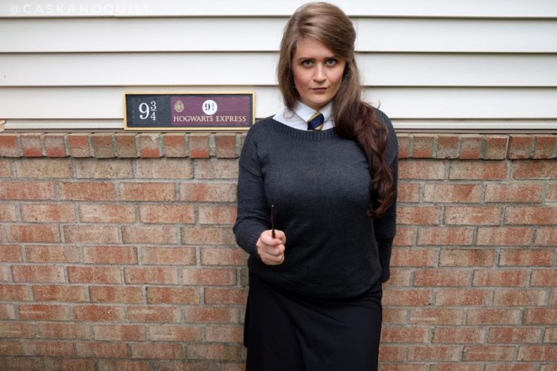 Boarding the Hogwarts Express with a DIY uniform
