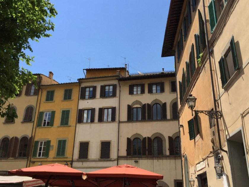 Häuser an der Piazza Santo Spirito (© casowi)
