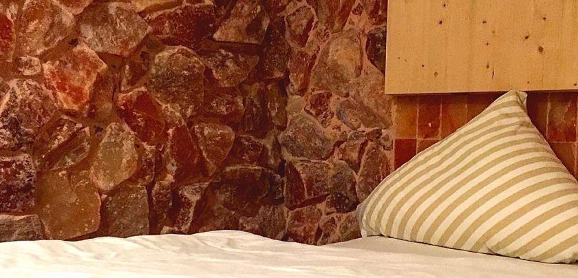 Salz und Holz. Und ein bisschen Baumwolle. Mehr braucht man nicht für besten Schlaf. ©casowi