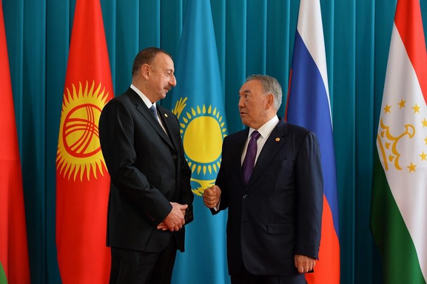 Казахстан-Азербайджан: тюркский мир, скрепленный нефтью?