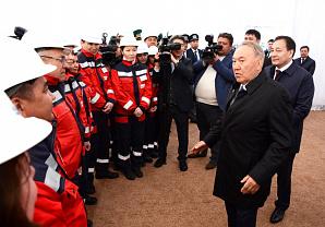 Президент Казахстана посетил каспийский город Актау