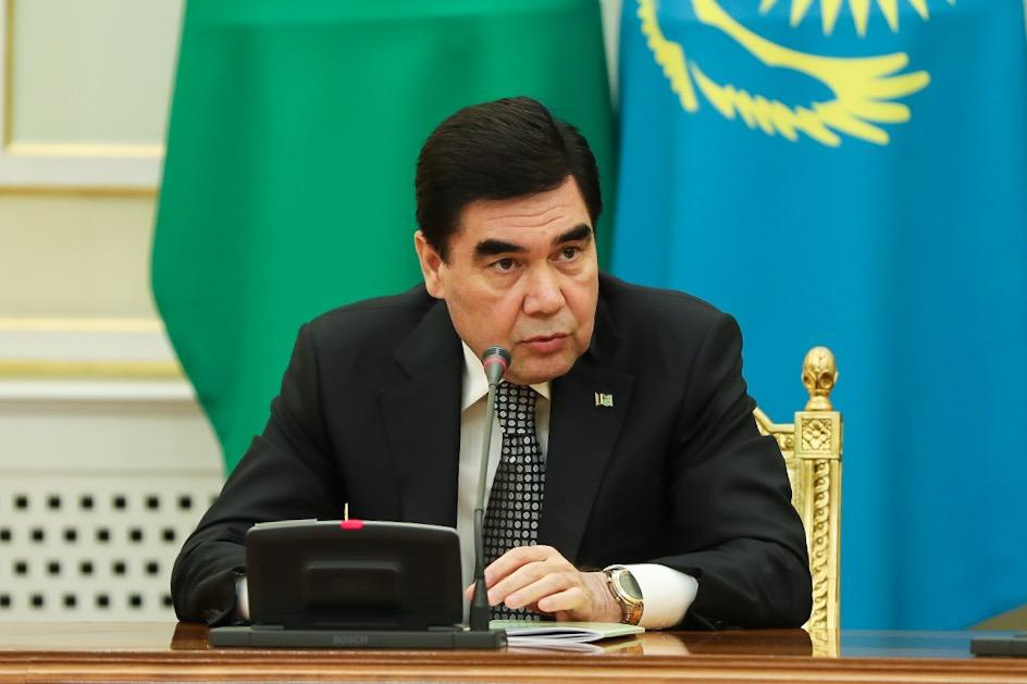 Туркменистан сверил часы с соседями по Каспию