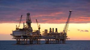 Отмечаются проблемы в развитии нефтегазового сектора Азербайджана