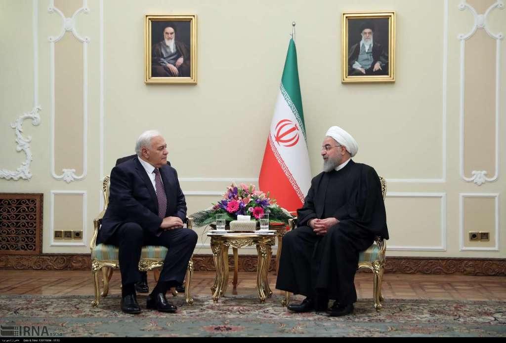 Азербайджанская парламентская делегация посетила Иран