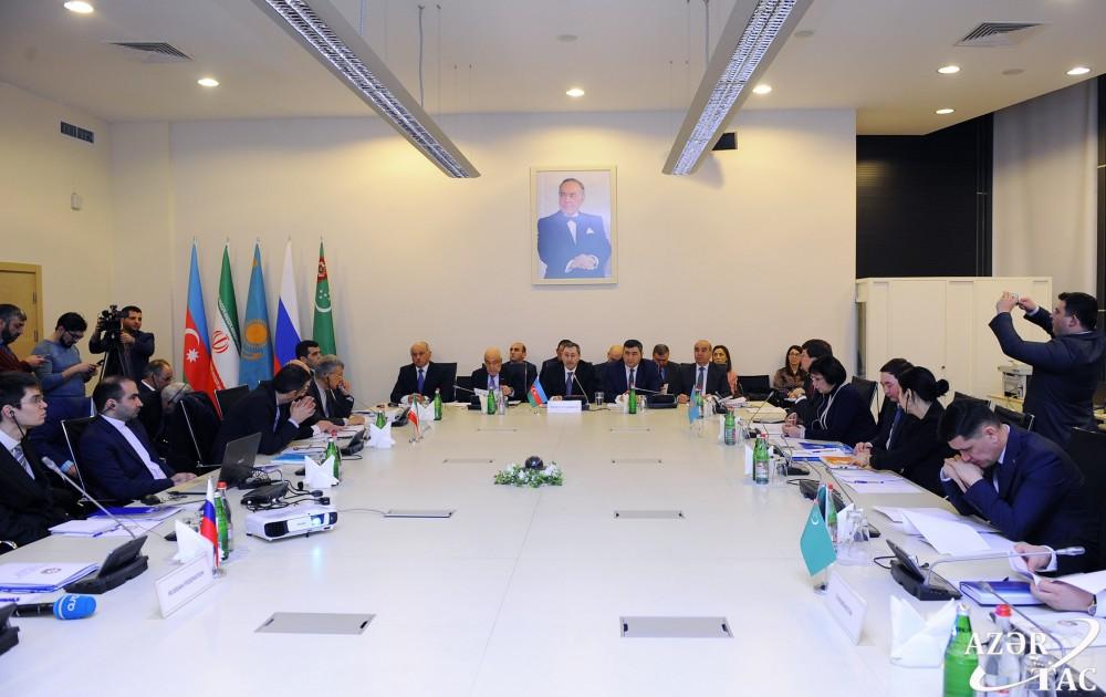 В Баку стартовало первое заседание Рабочей группы по вопросам Каспийского моря