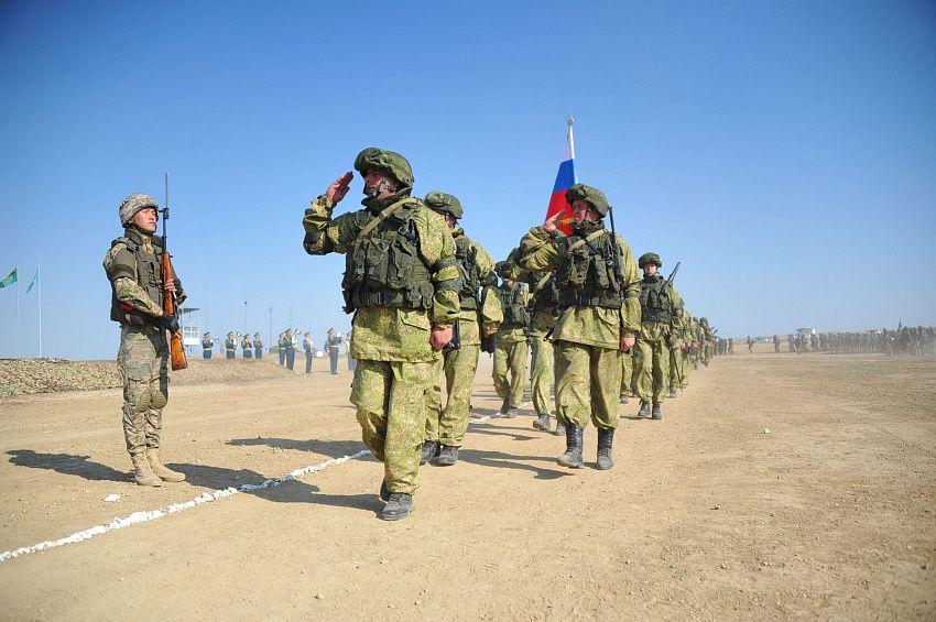Казахстанский эксперт оценил значение договора о военном сотрудничестве с Россией