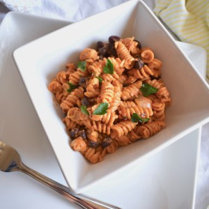 Vegan Instant Pot Cheesy Pasta with black beans