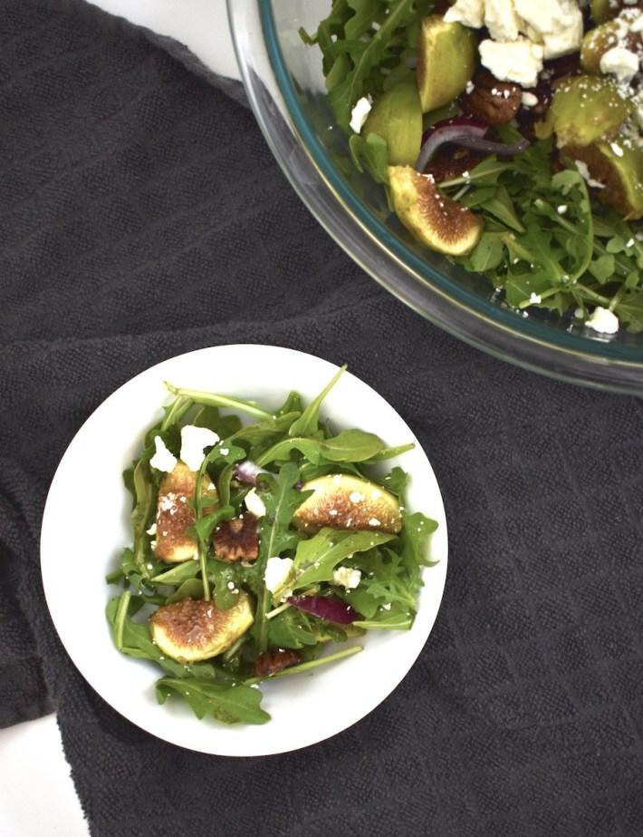 fresh fig arugula salad with balsamic dressing