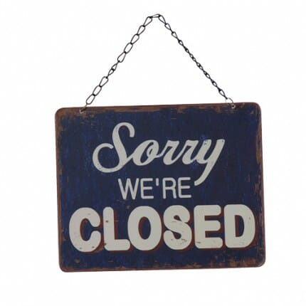 open-closed-metal-sign_4