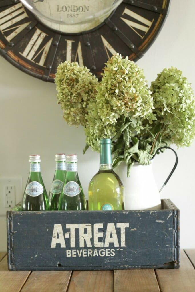 A-Treat Navy crate with hydrangeas