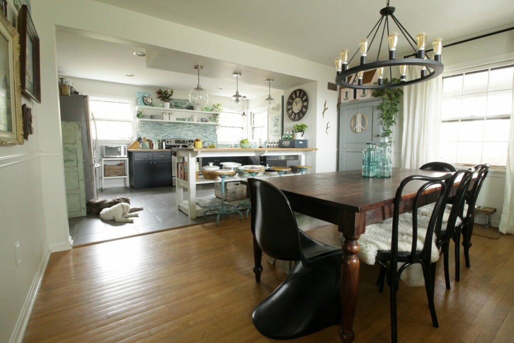 Eclectic Dining Room & Kitchen Open plan