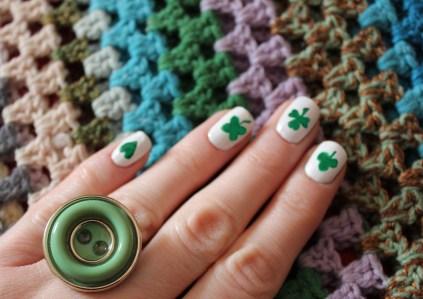 st patricks day nail art shamrock tutorial polish ideas handmade DIY button ring craft project