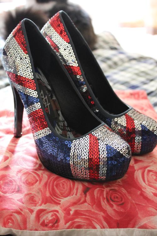 tuesday shoesday iron fist union jack shoes like spice girls 90s platform heels footwear