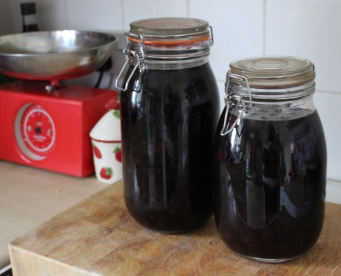 pieday friday sloe gin recipe method kilner jars