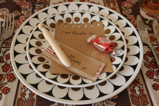 thanksgiving place settings for personalised table plan
