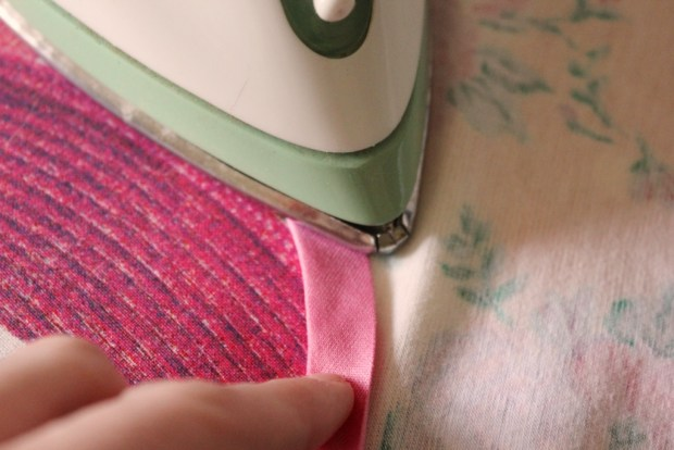 DIY sewing project ironing stretch bias binding