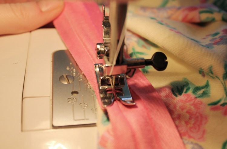 stretch bias binding DIY sewing tutorial