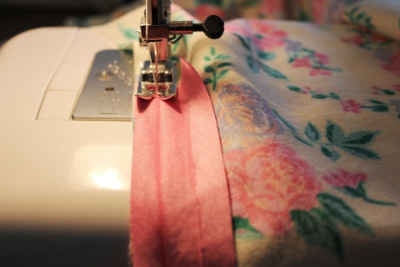 stretch bias binding fabric sewing project