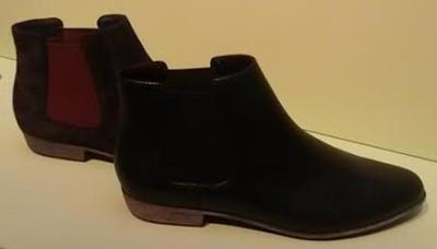 clarks aw14 chelsea boots