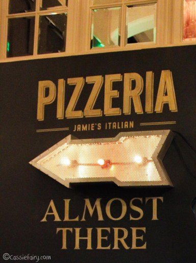 Jamie Oliver italian pizzeria in cambridge-11