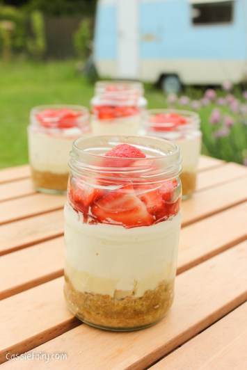 White chocolate and strawberry cheesecake jars recipe-5