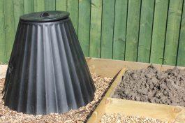 DIY allotment - compost bin