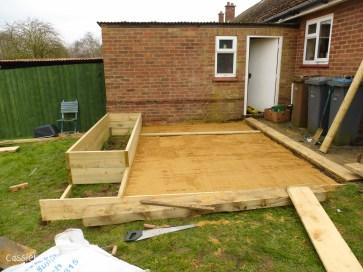 how to build a terraced patio garden-4
