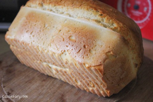 Easy recipe for baking a loaf of white bread-2