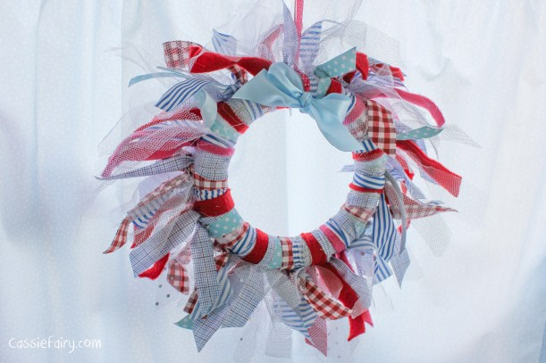 DIY fabric wreath for Christmas - step by step tutorial-9