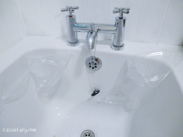 DIY fitting a new bath_-7